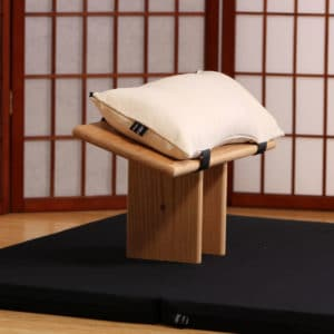 Center bench for kneeling meditation with natural bench cushion